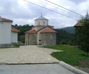Manastir svetih besrebrenika i cudotvoraca kozme i damjana 1
